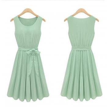 Round Neck Sleeveless Vest Pleated Girdle Chiffon Dress
